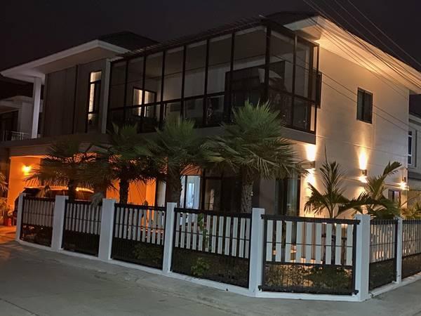 บ้านพร้อมอยู่ Ready to move in. บ้านอัจฉริยะ 2 ชั้นที่สวยงามในชุมชนใหม่และดีที่สุดแห่งหนึ่งในจังหวัดอุดรธานี โทร 094-2894525